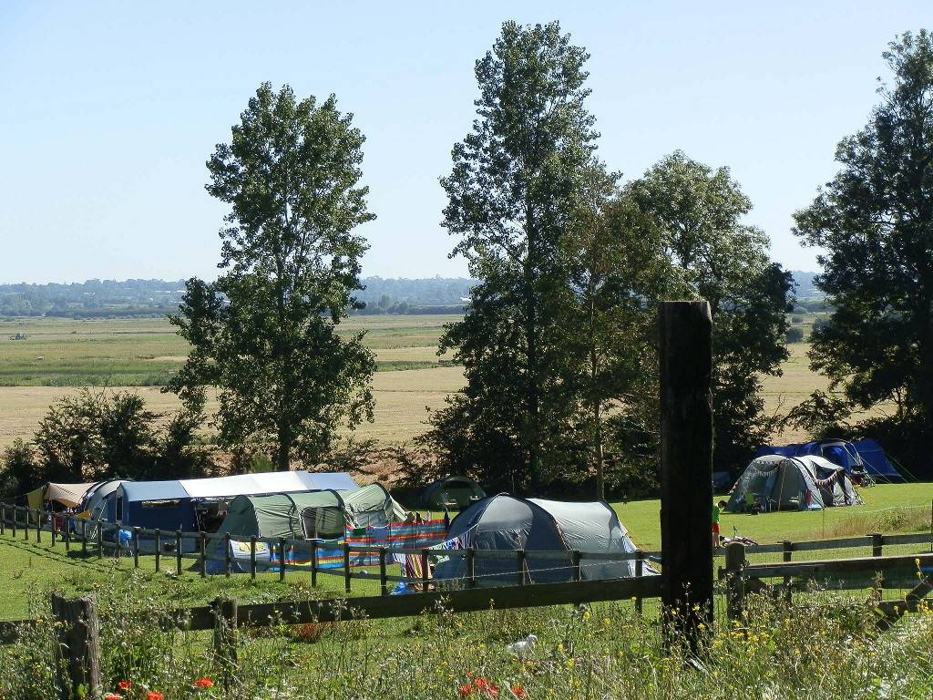 camping_front